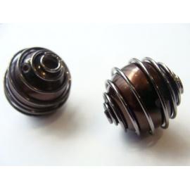 korálek, obtažen kovovou pružinkou, 18 mm