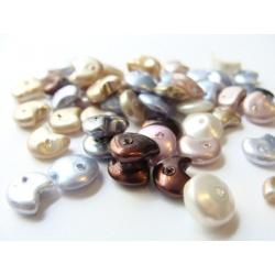 skleněné zlomky, imitace perel