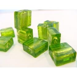 vinutá perle kostička zabarvené sklo světle zelená č.14