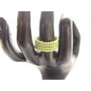 Prstýnek, barva čirá s fialovým průtahem, velikost 18 mm průměr, paměťová spirála